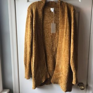 A New Day Size Large Long Sleeve Gold Cardigan